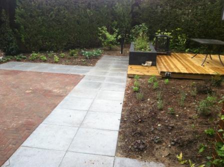 Houten Tegels Tuin : Tuin ellecom straatwerk met tegels gebakken dikformaten en